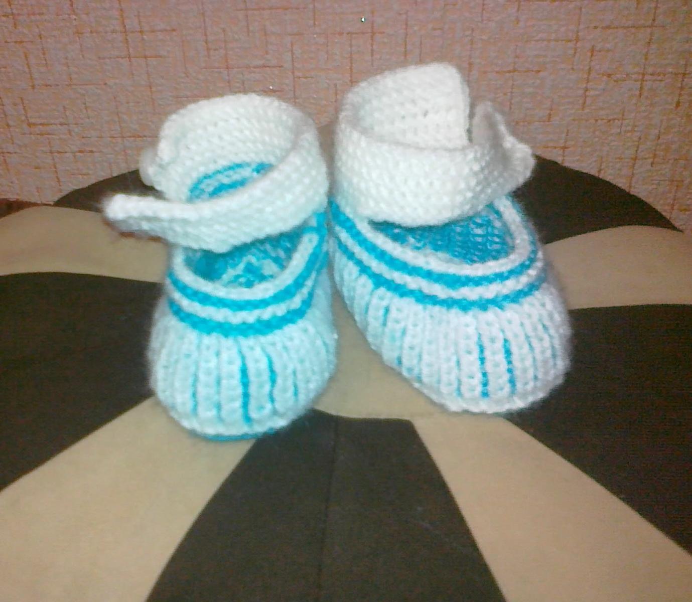 схема вязанных носочков для детий 3-6 месяцев
