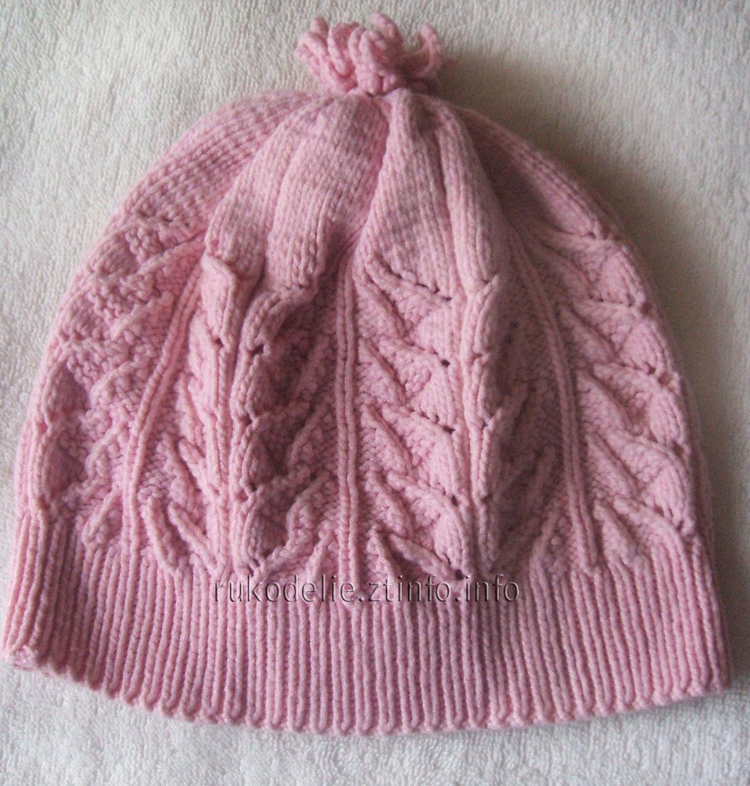 Зимняя шапочка для девочки вязаная спицами. Aраны жгуты. Модель.