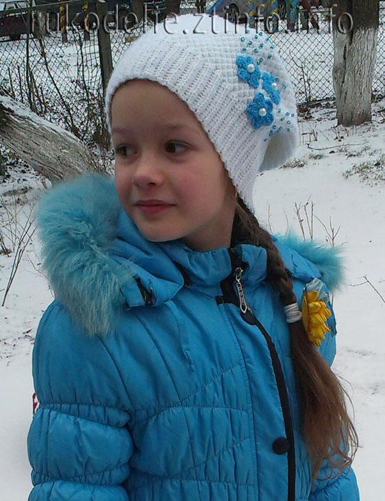 мир рукоделия белая шапка чулок для девочки вязание крючком
